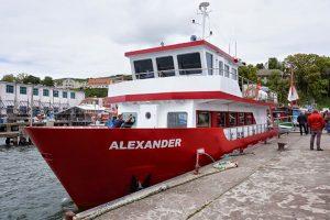 Hafenstadt Sassnitz: MS Alexander vor der Ostsee
